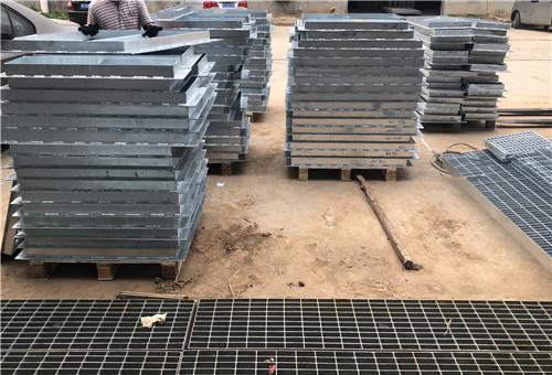 浙江污水厂平台耐腐蚀钢格栅板安装